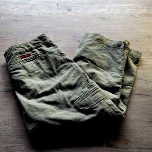American Eagle Cargo Capri Pants. Perfect! Comfy!